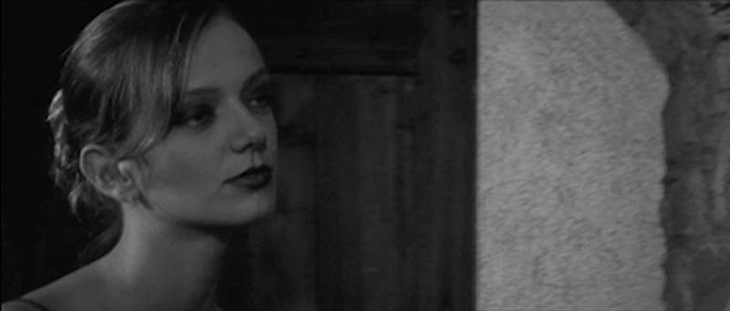 Diana Dell'Erba in W.C. ovvero la giornata brava di Walter Cino, regia di Alessandro Stevanon 4
